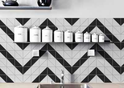 T4-MB-RL_Chevron pattern_4 inch geometric tile used in kitchen backsplash design